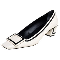Roger Vivier White/Black Patent And Leather Pumps Size 39