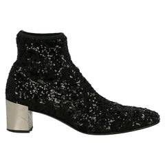 Roger Vivier Woman Ankle boots Black Synthetic Fibers IT 37.5