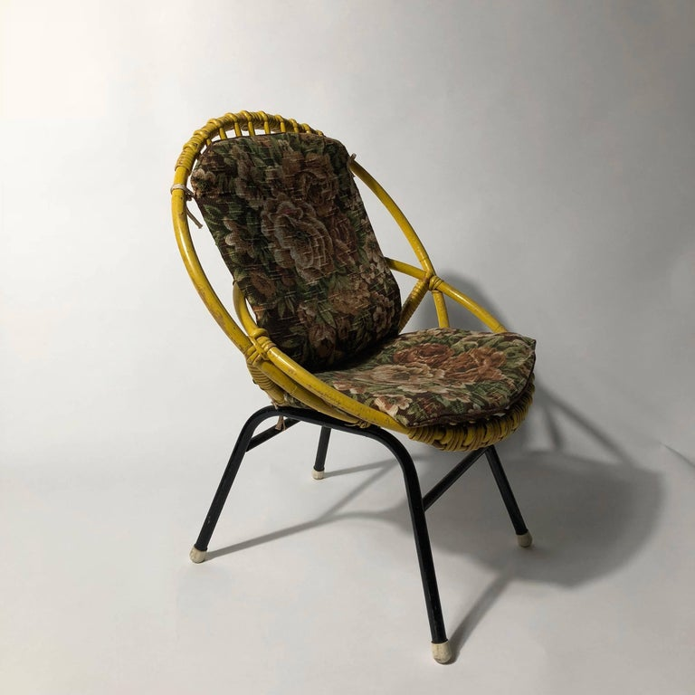 Mid-Century Modern Rohé Noordwolde Children's Chair 1950s Original Paint and Cushion For Sale