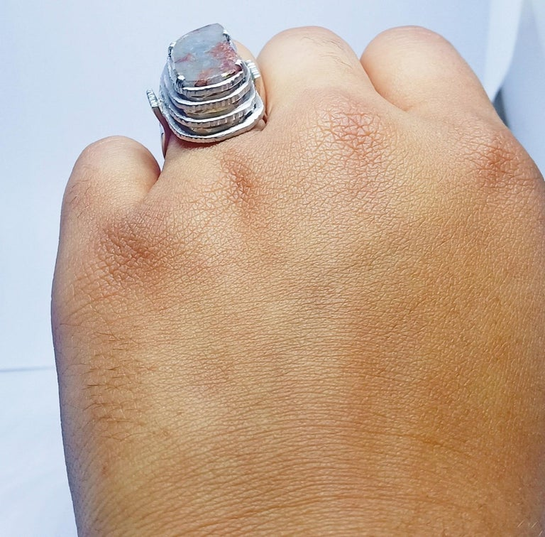 Contemporary Grey Diamond Slice One of a Kind 18 Karat White Gold Fashion Ring For Sale 8