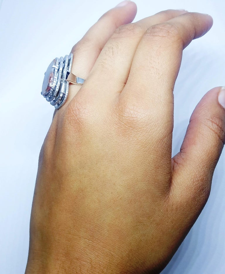 Contemporary Grey Diamond Slice One of a Kind 18 Karat White Gold Fashion Ring For Sale 9