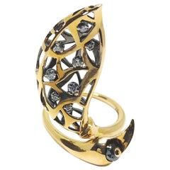 One of a Kind Round White Diamond Black Diamond Bead Rose Gold Ring
