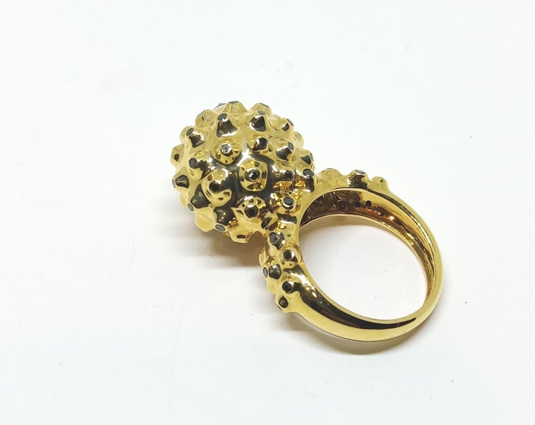 Rose Cut One of a Kind Round Black Diamond  18 Karat Yellow Gold Dome Ring For Sale