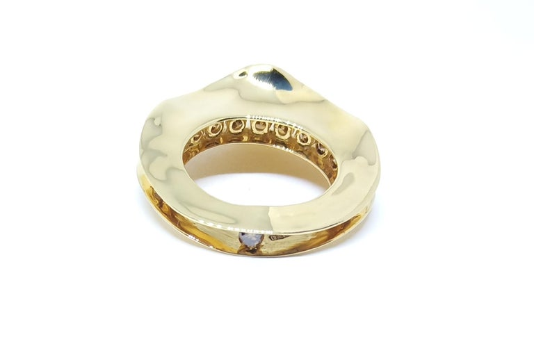 Contemporary Brown Diamond One of a Kind 18 Karat Yellow Gold Cocktail  Ring For Sale 1