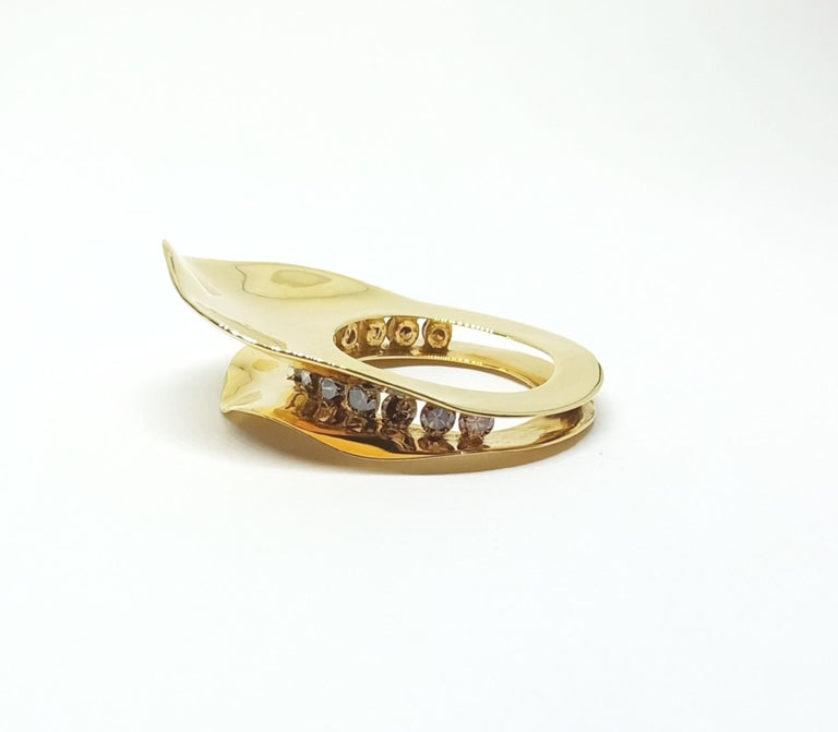 Contemporary Brown Diamond One of a Kind 18 Karat Yellow Gold Cocktail  Ring For Sale 2
