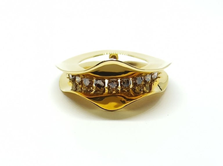 Contemporary Brown Diamond One of a Kind 18 Karat Yellow Gold Cocktail  Ring For Sale 4