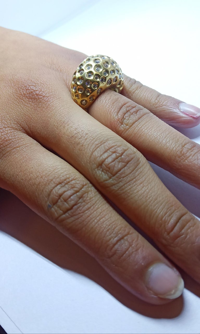 Contemporary Round White Diamond One of a Kind Yellow Gold Cocktail Ring For Sale 8