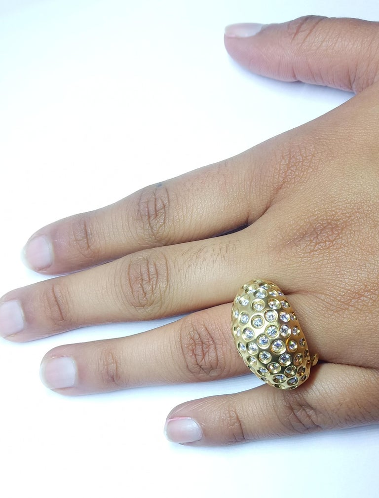 Contemporary Round White Diamond One of a Kind Yellow Gold Cocktail Ring For Sale 10