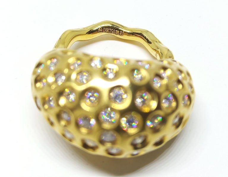 Contemporary Round White Diamond One of a Kind Yellow Gold Cocktail Ring For Sale 3