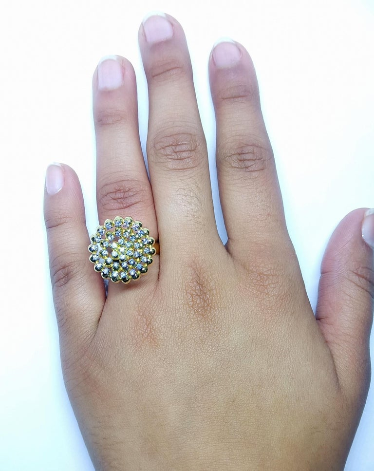 Round White Diamond One of a Kind 18 Karat Yellow Gold Ring For Sale 3