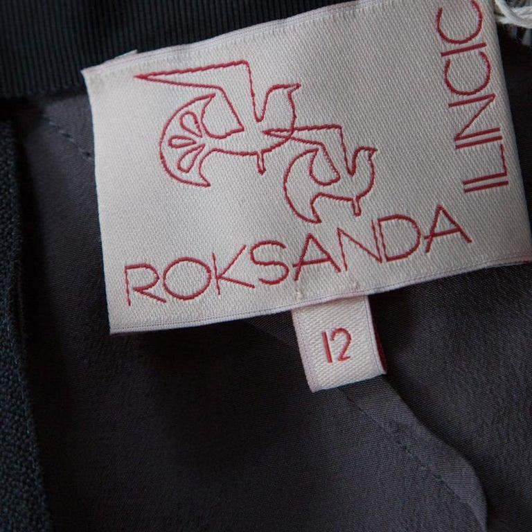 Roksanda Ilincic Gunmetal Grey Silk Pleated Skirt Backless Midi Dress M In Good Condition For Sale In Dubai, Al Qouz 2