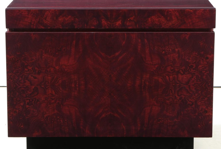 Mid-Century Modern Roland Carter Red Wine Stained Burl Nightstands For Sale
