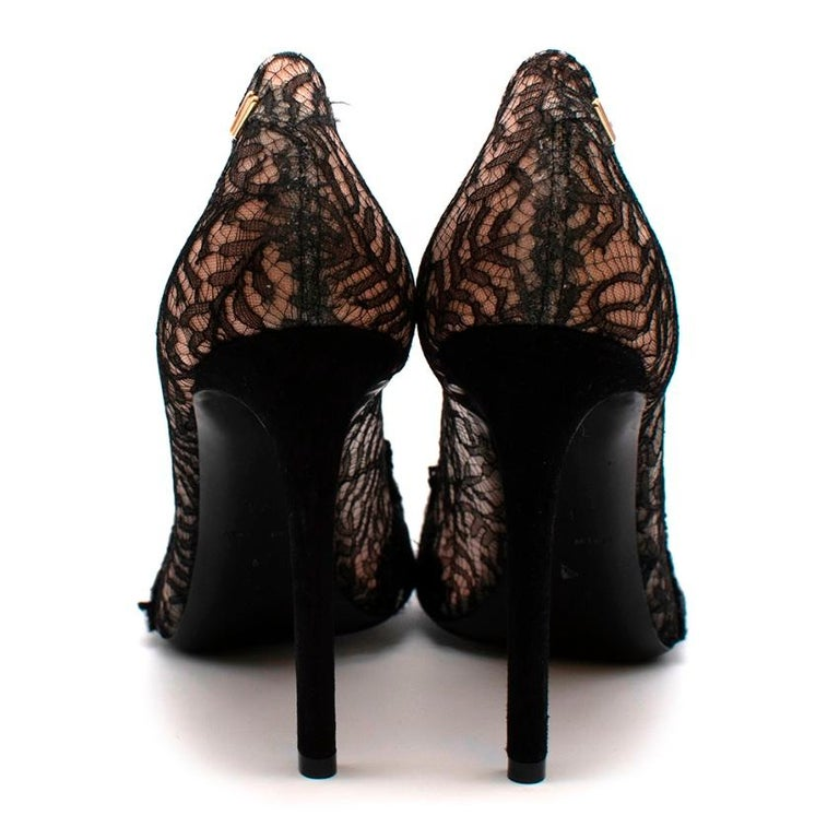 Roland Mouret Black/Nude Lace & Leather Pumps 37.5 In New Condition For Sale In London, GB