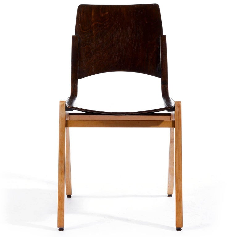 Mid-Century Modern Roland Rainer, Set of Eight Stacking Chairs P7, Bicolored Beech, Austria, 1952 For Sale