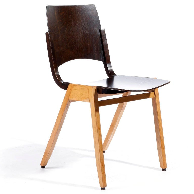 Austrian Roland Rainer, Set of Eight Stacking Chairs P7, Bicolored Beech, Austria, 1952 For Sale