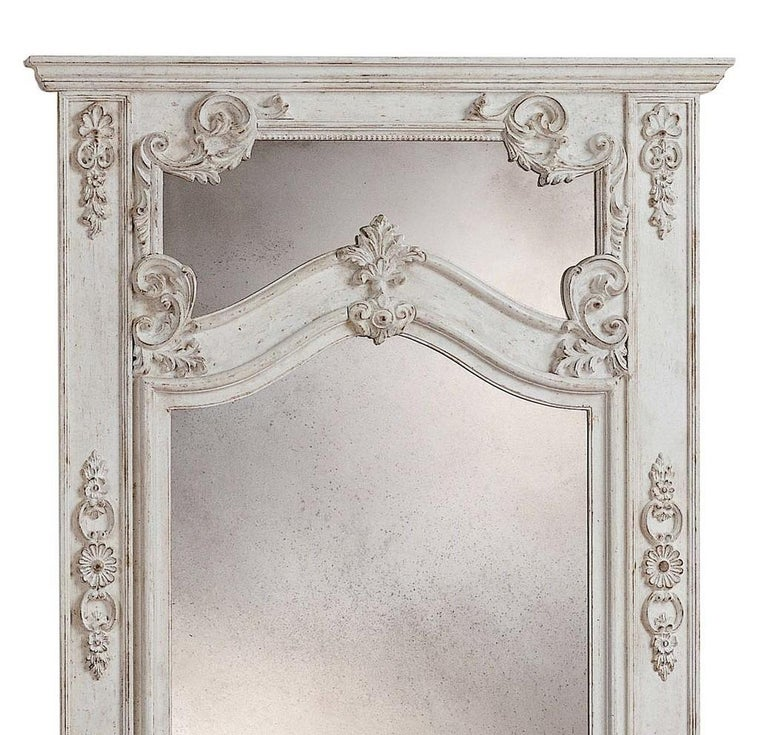 Roland white wall mirror by Spini Firenze.