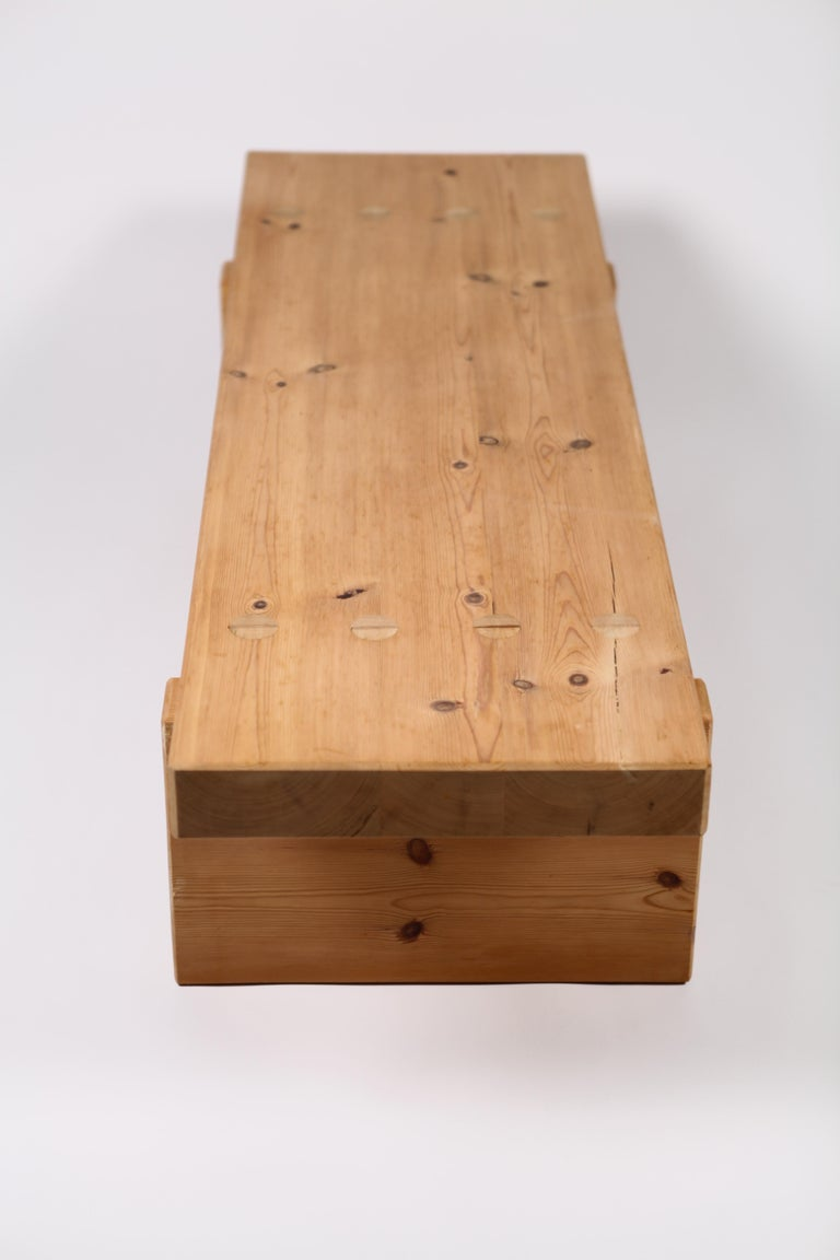 Roland Wilhelmsson, Coffee Table in Pine by Karl Andersson & Söner, Sweden, 1970 In Good Condition For Sale In , DE
