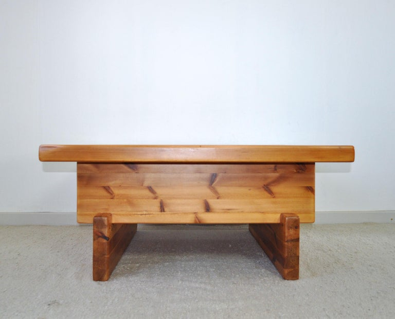 Roland Wilhelmsson Solid Pine Coffee Table, Sweden, 1970s In Good Condition For Sale In Vordingborg, DK
