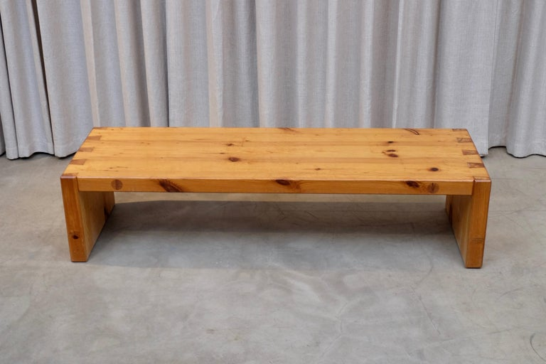 Roland Wilhelmsson Table / Bench in Pine, Produced in Sweden, 1960s In Good Condition For Sale In Stockholm, SE