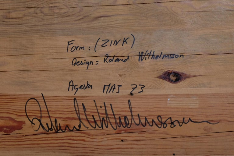 Roland Wilhelmsson Table / Bench in Pine, Produced in Sweden, 1973 In Good Condition For Sale In Stockholm, SE