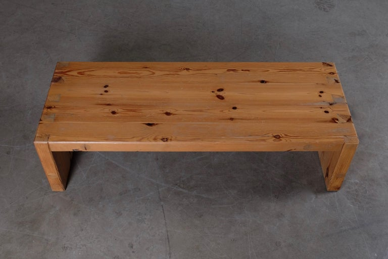 Mid-20th Century Roland Wilhelmsson Table / Bench in Pine, Produced in Sweden, 1973 For Sale
