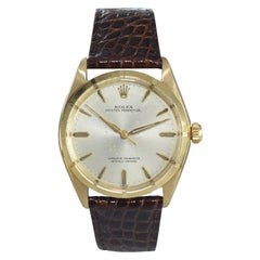 Rolex 14 Karat Solid Gold Watch with Original Dial and Machined Bezel from 1962