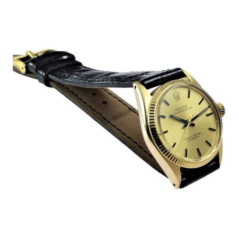 Rolex 14 Karat Solid Yellow Gold Midsize Oyster Perpetual from 1965 or 1966 In Excellent Condition For Sale In Long Beach, CA