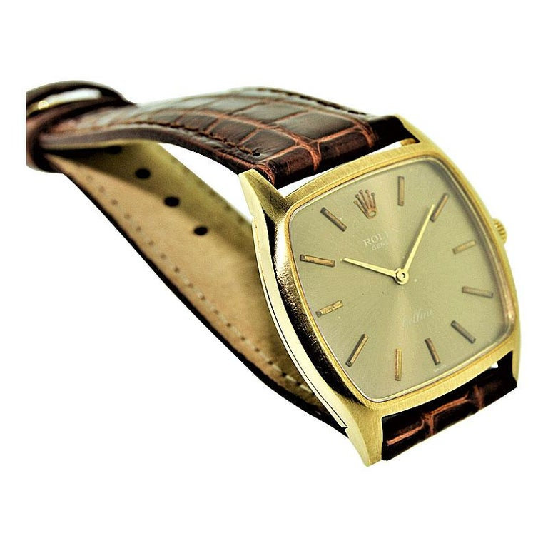 Rolex 18 Karat Gold Cellini Cushion Shaped Watch, circa 1980s In Excellent Condition For Sale In Venice, CA
