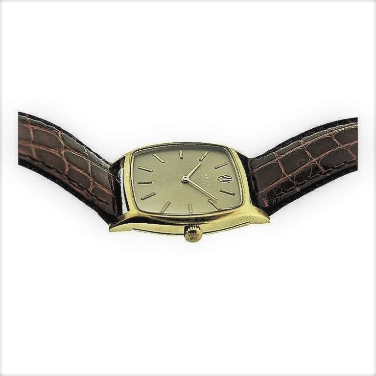 Women's or Men's Rolex 18 Karat Gold Cellini Cushion Shaped Watch, circa 1980s For Sale