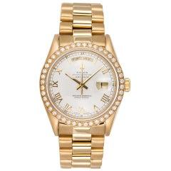 Rolex 18 Karat Yellow Gold Day-Date President 18038 White Roman Diamond Bezel
