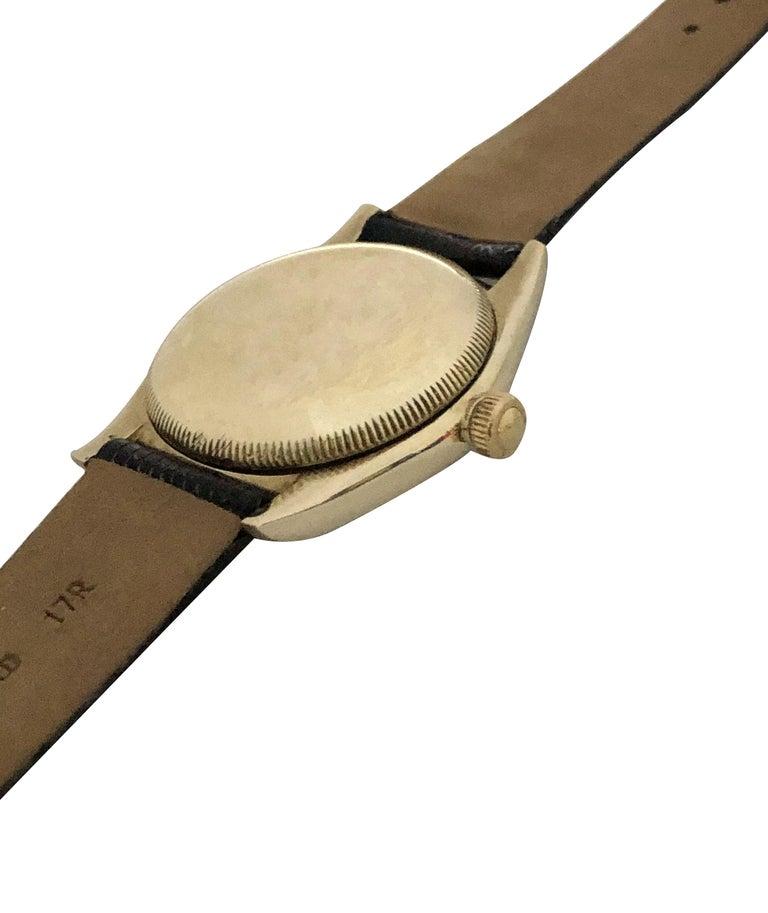 Women's or Men's Rolex 1940s Yellow Gold Automatic Bubble Back Wristwatch For Sale