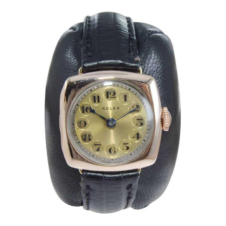 Art Deco Rolex 9 Carat Gold Ladies Wristwatch circa 1915 with Original Unrestored Dial For Sale