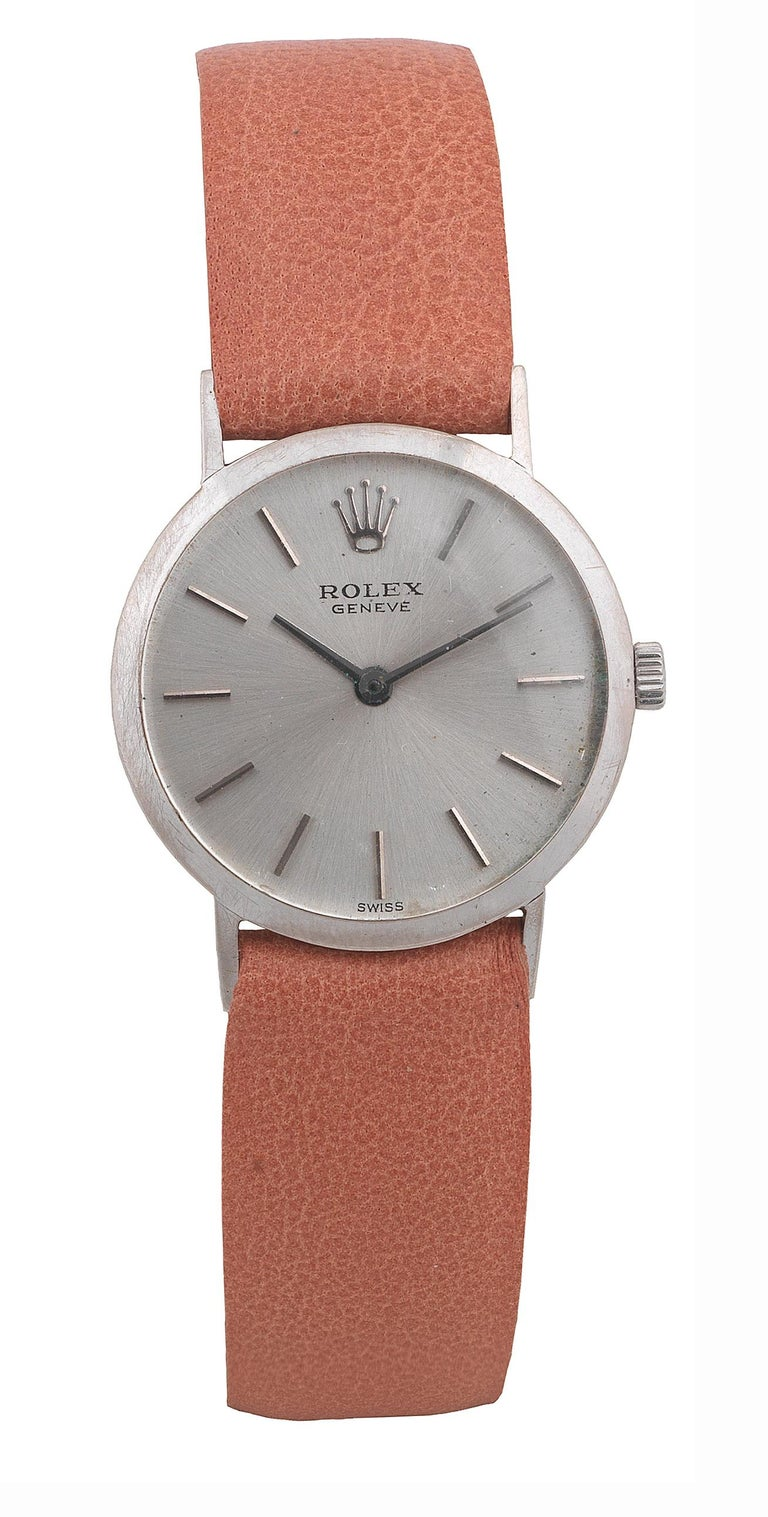 Rolex Cellini Ladies 18 Karat White Gold Manual Wind Wristwatch In Excellent Condition For Sale In Firenze, IT