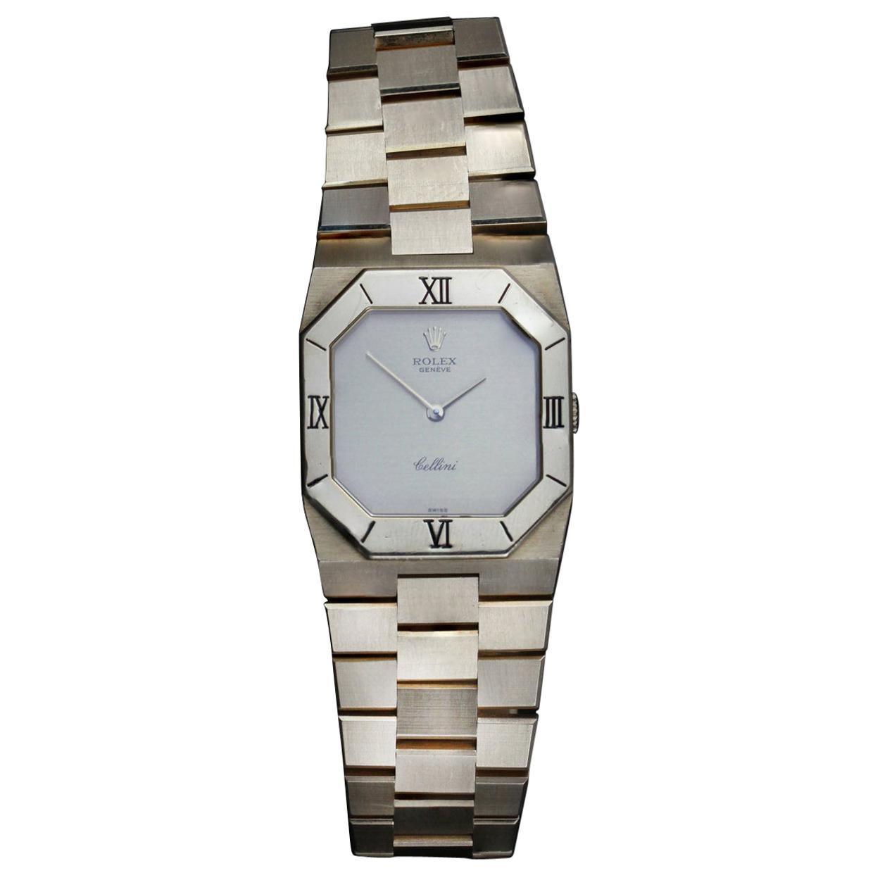Rolex Cellini Solid 18 Karat Yellow Gold Manual Winding Wristwatch