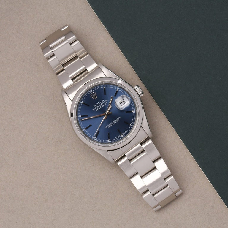 Xupes Reference: W007535 Manufacturer: Rolex Model: Datejust Model Variant: 36 Model Number: 16200 Age: 1997 Gender: Men Complete With: Rolex Box Dial: Blue Baton Glass: Sapphire Crystal Case Size: 36mm Case Material: Stainless Steel Strap Material: