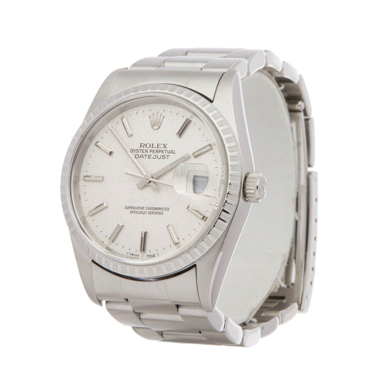Xupes Reference: W007143 Manufacturer: Rolex Model: Datejust Model Variant: 36 Model Number: 16220 Age: 08-04-2000 Gender: Unisex Complete With: Rolex Box, Manuals, Guarantee, Card Holder, Tag & Translation Booklet  Dial: Silver Linen Baton Glass:
