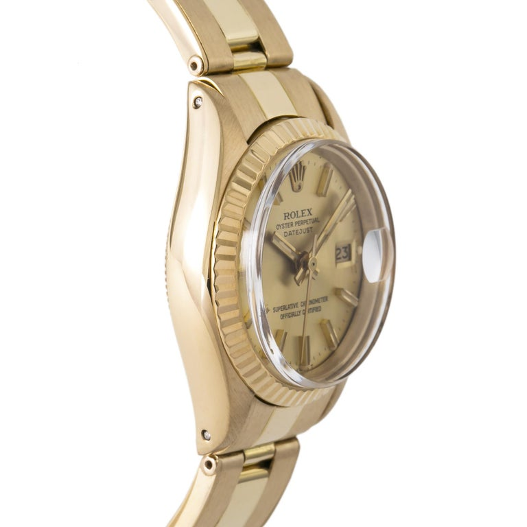 Rolex Datejust 6917 Gold Dial 18K Yellow Gold Automatic Lady's Watch In Good Condition For Sale In Miami, FL