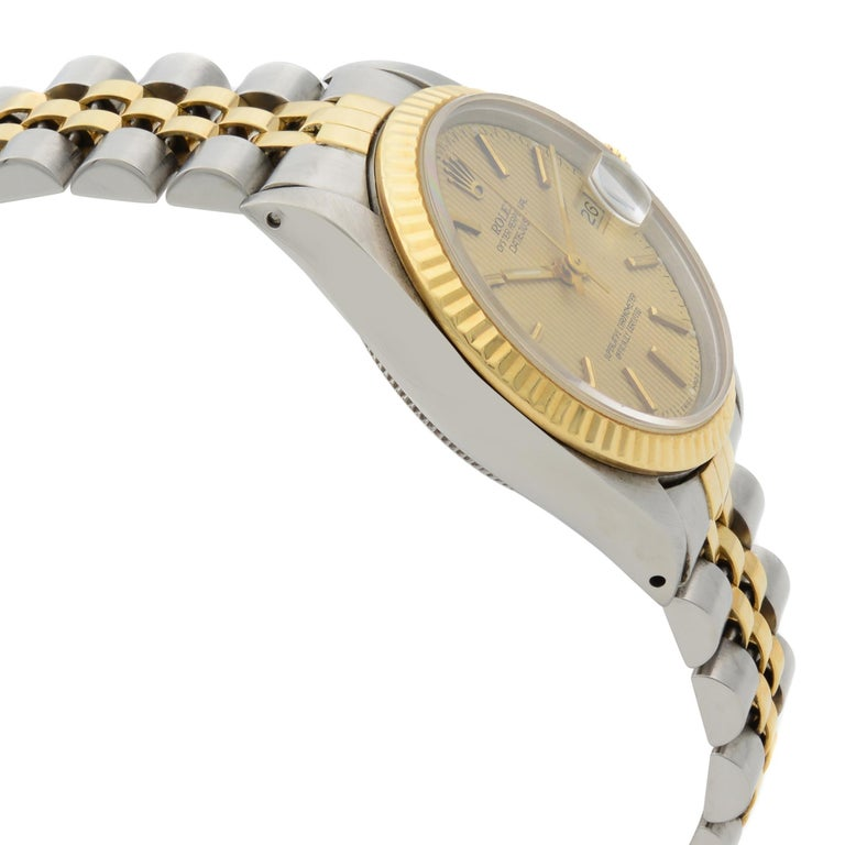Rolex Datejust Steel 18 Karat Yellow Gold Champagne Dial Midsize Watch 68273 In Good Condition For Sale In New York, NY