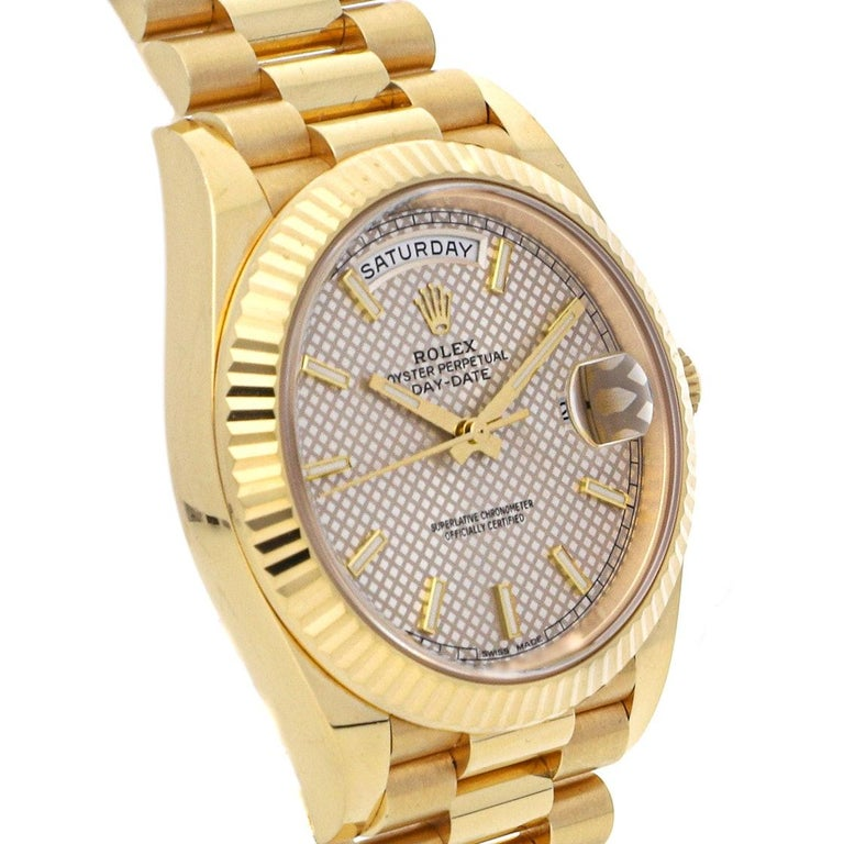 Men's Rolex Day-Date 40 Diagonal Motif Dial Yellow Gold Automatic Men's Watch 228238 For Sale