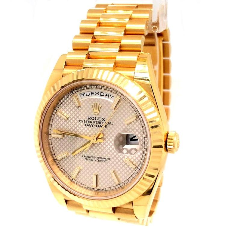 Rolex Day-Date 40 Silver Motif Dial 18K Yellow Gold President Men's Watch 228238 In Fair Condition In Aventura, FL