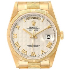 Rolex Day-Date President Yellow Gold Silver Pyramid Dial Men's Watch 18248 Box