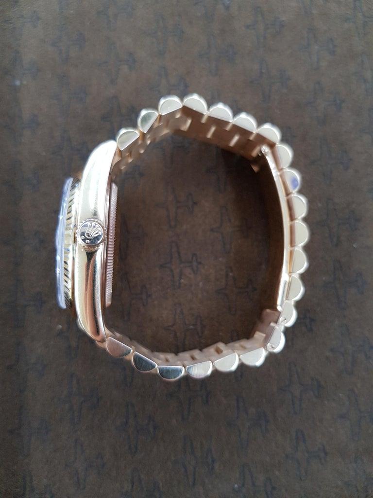 Women's or Men's Rolex Day Date, Rose Gold, Model Number 118235, Registered 2005 For Sale