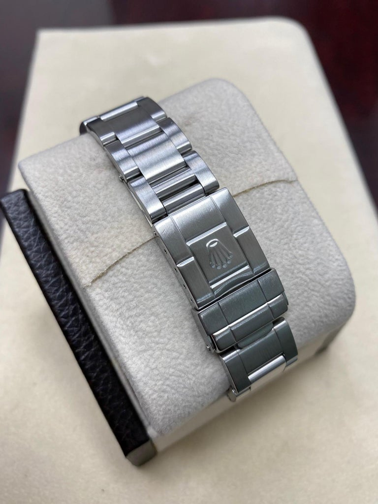 Rolex Explorer 14270 Black Dial Stainless Steel Watch In Excellent Condition For Sale In San Diego, CA