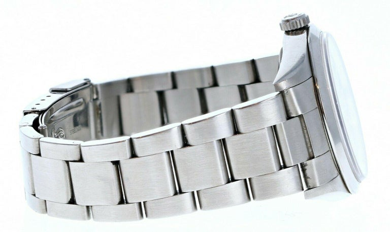 Rolex Explorer I 14270 Stainless Steel with Papers In Good Condition For Sale In Beverly Hills, CA