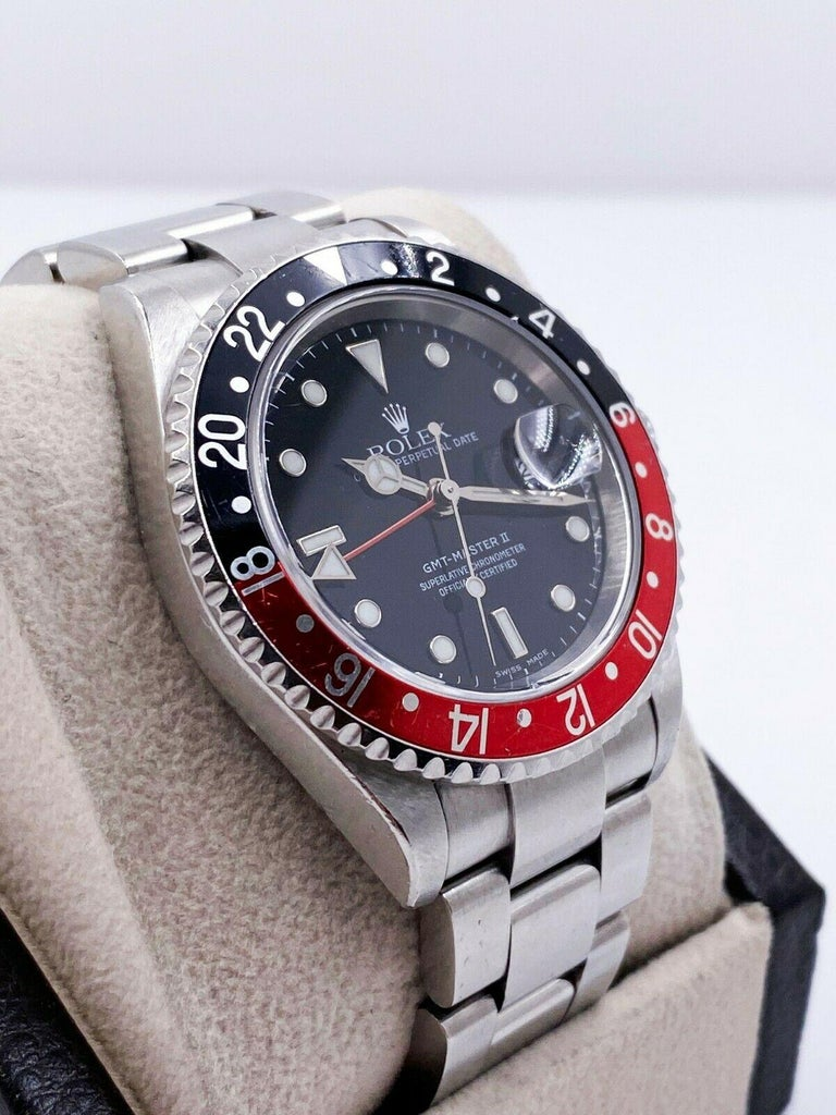 Rolex GMT Master II 16710 Black and Red Coke Stainless Unpolished with Box In Good Condition For Sale In San Diego, CA