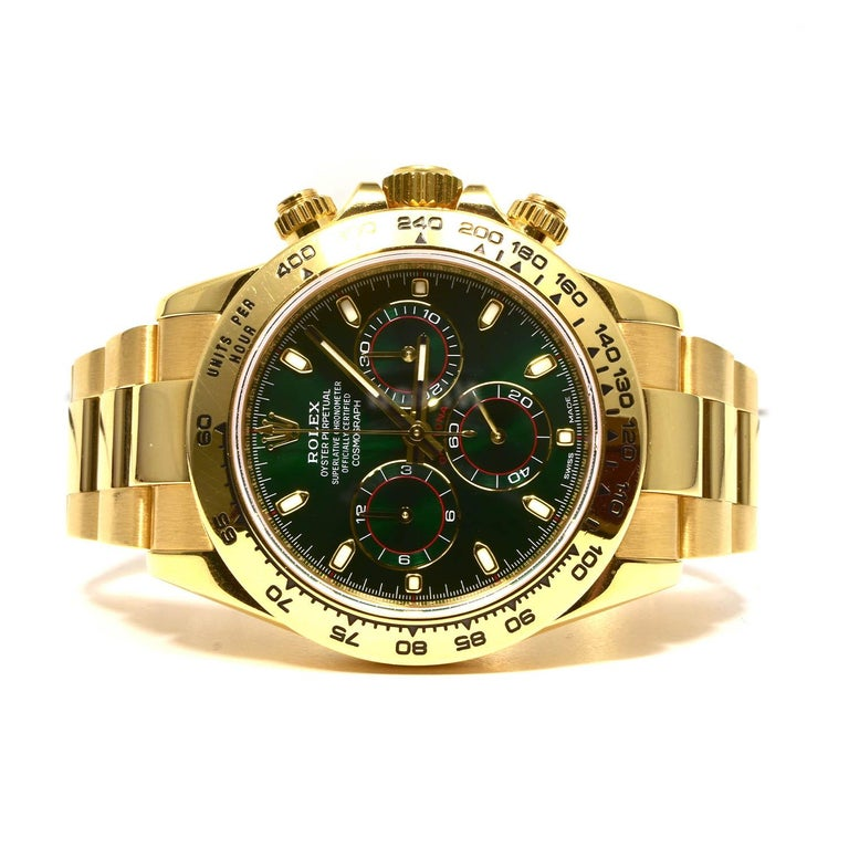 Rolex Green Daytona 116508 in Gold on Oyster Bracelet Original Green Dial In Excellent Condition In Miami, FL