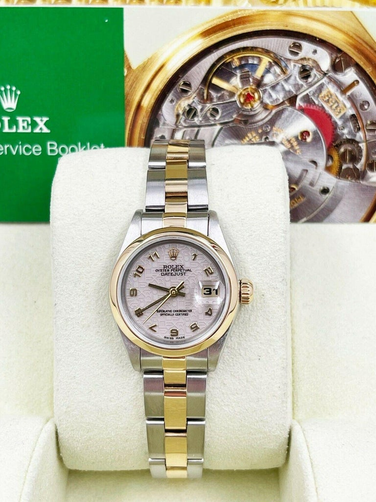 Rolex Ladies Datejust 69173 Jubilee Dial 18K Yellow Gold Stainless Box Booklets In Excellent Condition For Sale In San Diego, CA