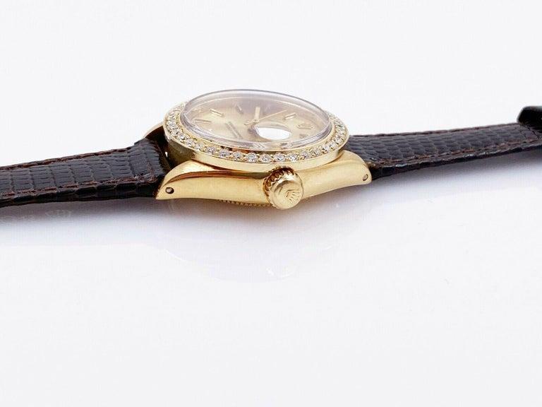 Round Cut Rolex Ladies President Datejust 6917 Diamond Bezel 18 Karat Yellow Gold For Sale