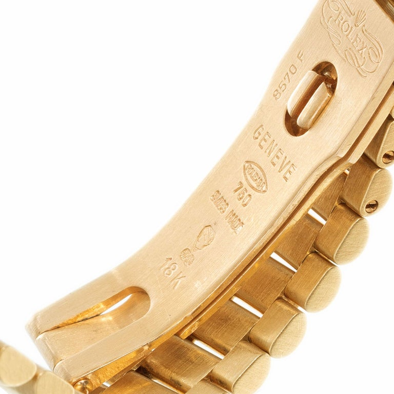 Rolex Ladies Yellow Gold Diamond Dial Datejust Wristwatch Ref 69178 In Excellent Condition For Sale In Stamford, CT