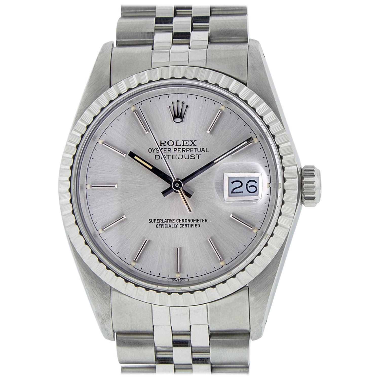 Rolex Men's Datejust Stainless Steel Silver Index Watch Engine Turn Bezel